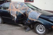 zniszczony-samochod-1